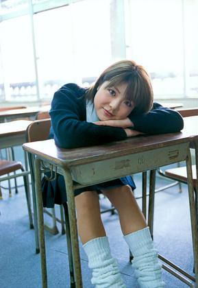 小川麻琴 画像